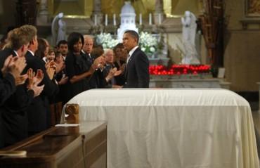 2009_08_29_funeral_obama2