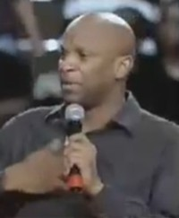 Donnie McClurkin Calls LGBT People Vampires, Sissifies Gay Youth