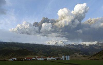 2010_04_16_volcano