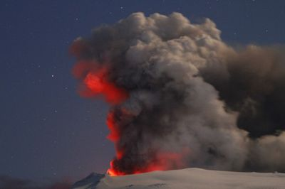 2010_04_25_Iceland_Volcano-2