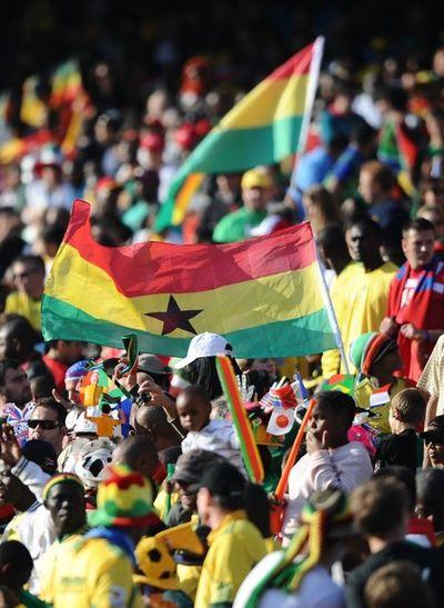 Ghana crowd 3