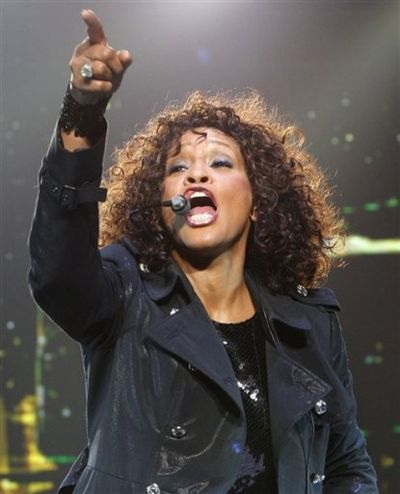 2010_04_16_whitney_houston3