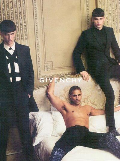2010_04_26_Manuel_Ramos_Givenchy3
