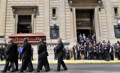 2010_05_16_Horne_Funeral-5