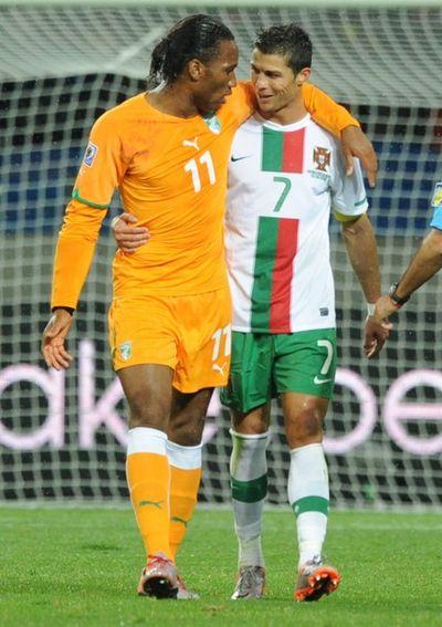 2010_06_15_Drogba_Ronaldo