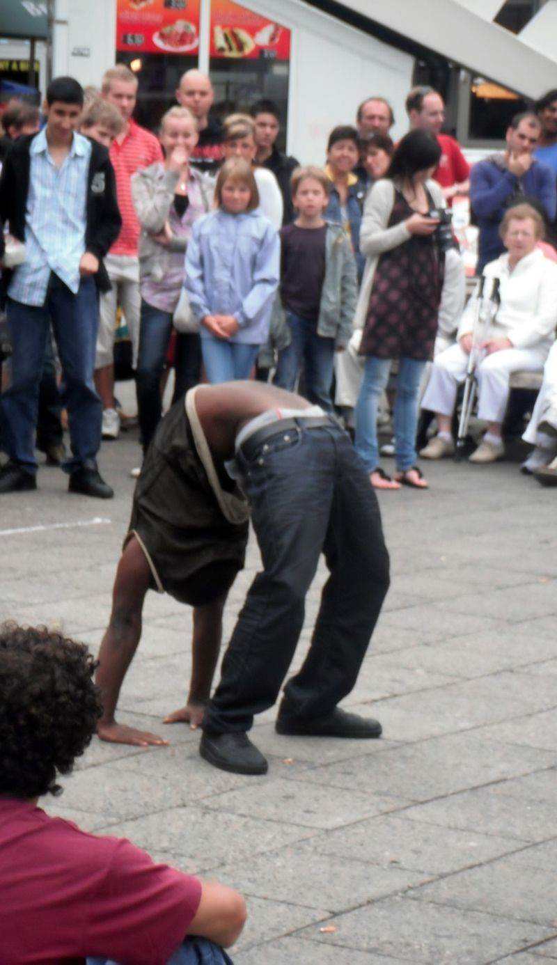 2010_07_28_Breakdancing8