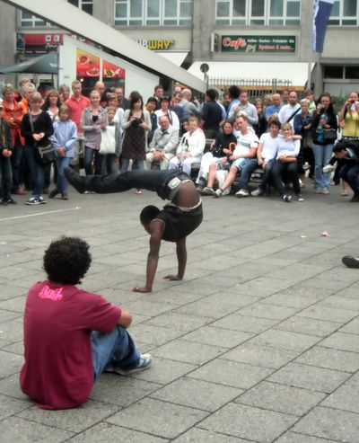 2010_07_28_Breakdancing7