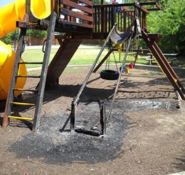 2010_08_02_mosque_playground