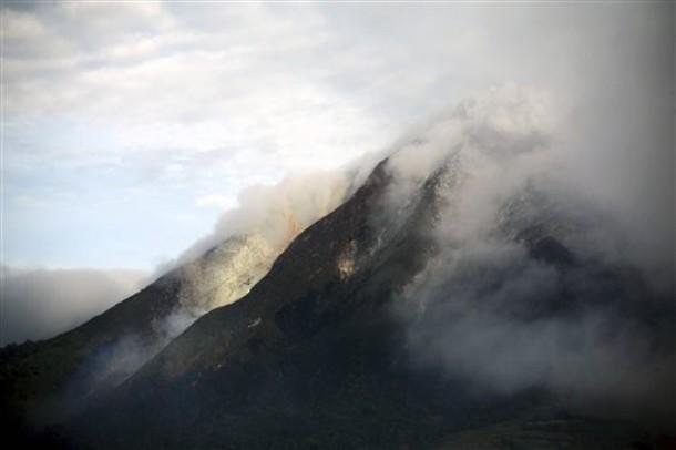 Sinabung volcano 2