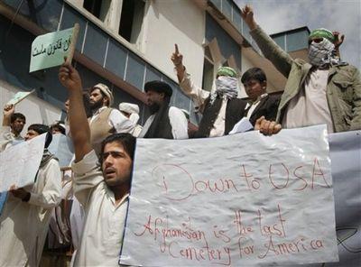 2010_09_07_afghan_rally2