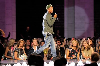 2010_09_09_PharrellWilliamsChanel-2