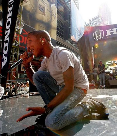 2010_09_24_PharrellHonda