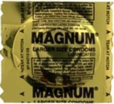 2010_11_28_Condom_Magnum