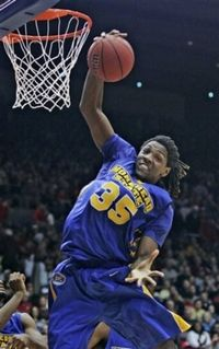 2011_02_11_kenneth_faried2