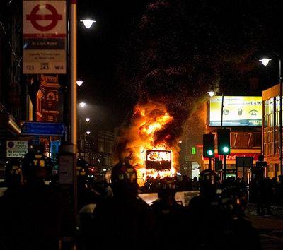 2011_08_07_london riots