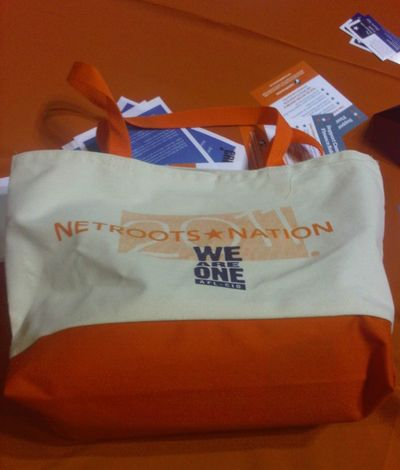 2011_06_17_Netroots_Tote
