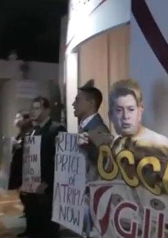 2011_11_11_GILEAD_PROTEST2