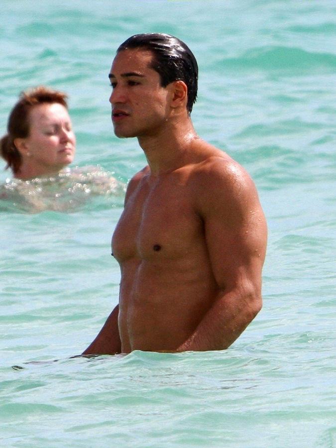2012_03_29_Mario_Lopez_Miami_Beach-2