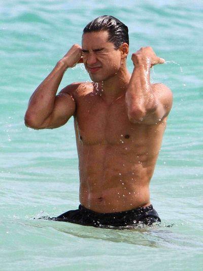 2012_03_29_Mario_Lopez_Miami_Beach-5