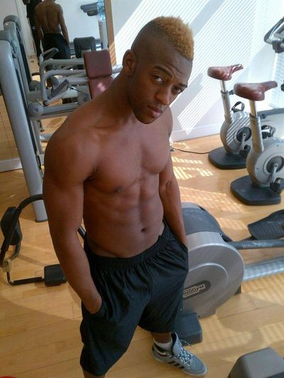 2012_04_09_Oritse_Shirtless