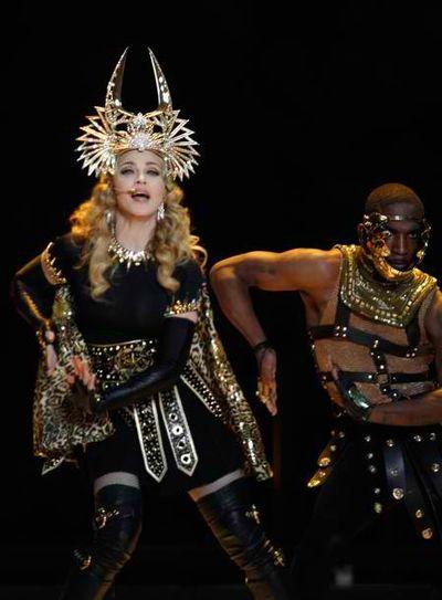 2012_02_06_Madonna_Super_Bowl-1