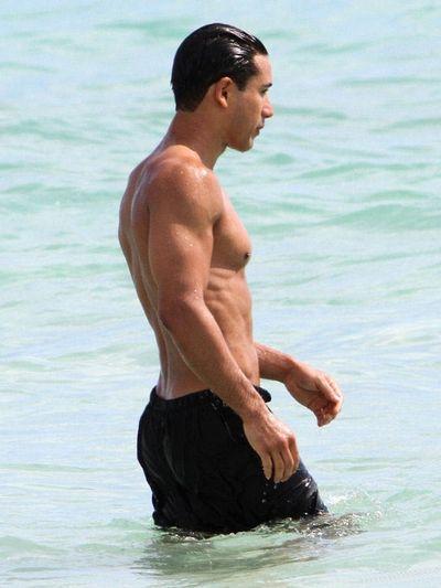 2012_03_29_Mario_Lopez_Miami_Beach-1