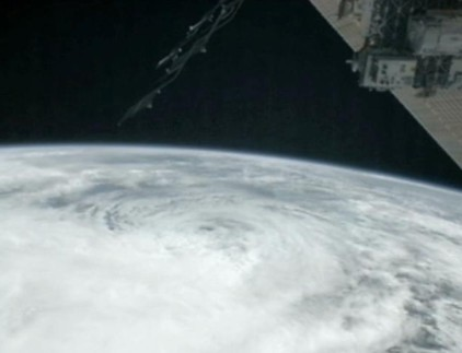 2012_10_29_Sandy_Space_Station