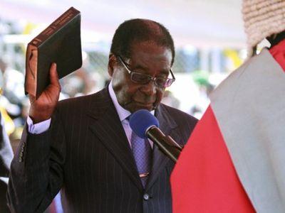 2013_08_25_Mugabe Inauguration