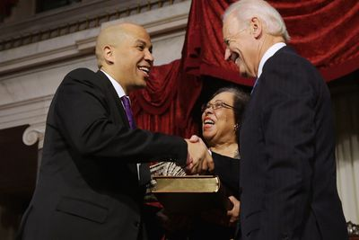 2013_10_31_Cory Booker Swear In 2