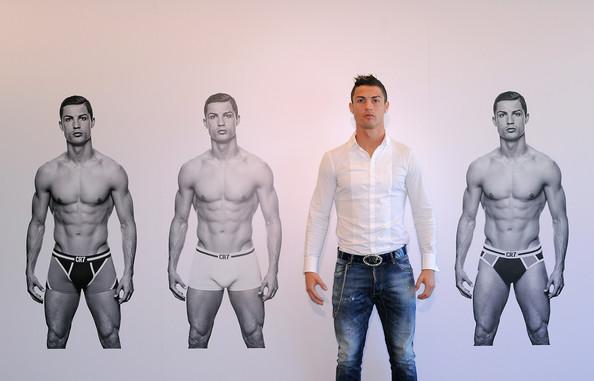 2013_11_02_Cristiano Ronaldo Underwear
