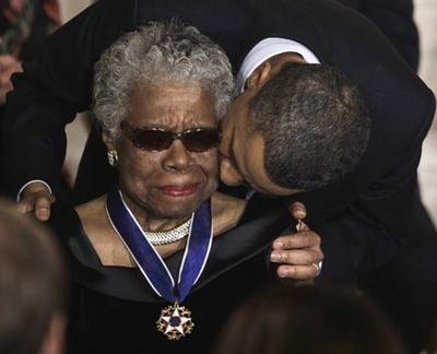 2014_05_28 Maya Angelou Obama 2