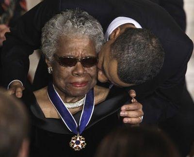2014_05_28 Maya Angelou Obama 2